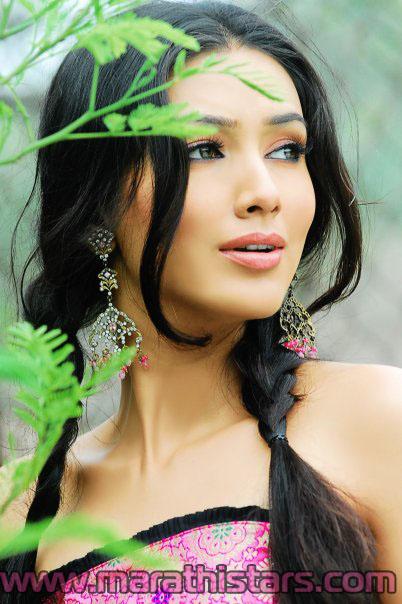 pallavi subhash marathi actress photos biography