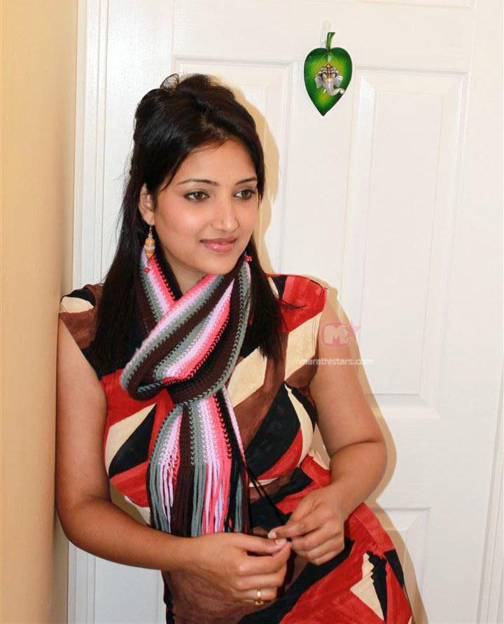 rupali bhosle marathi actress biographyphotoswallpapers