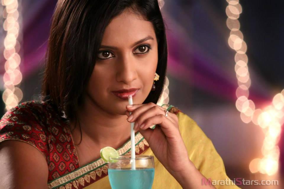 960 x 641 jpeg 54kB, Tejashri Pradhan Marathi Actress Photos,Biography ...
