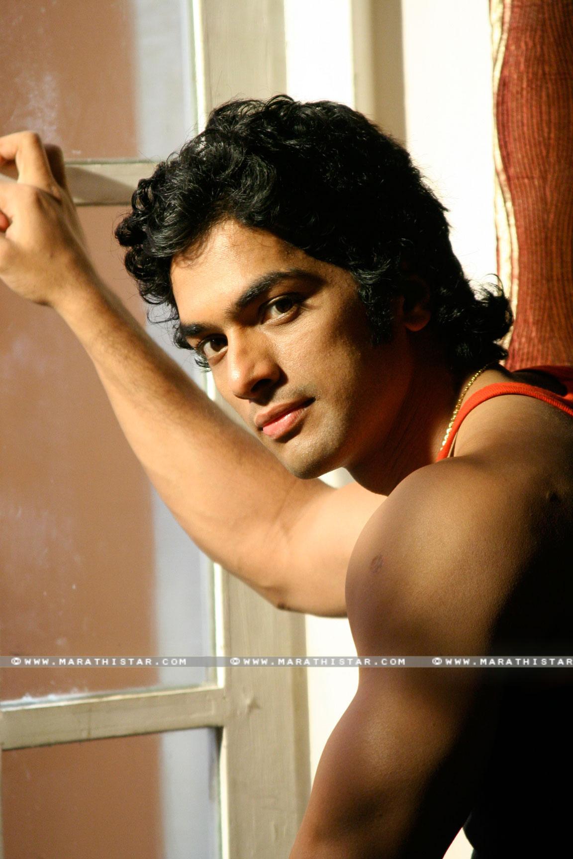 marathi actors biography profile photo gallery