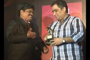 Producer Shankar Nangre & Kunal Ganjawala at The Strugglers - Amhi Udyache Hero music launch.