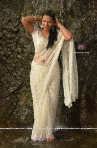 Sharmishtha Raut Hot look In Marathi Movie Yoddha