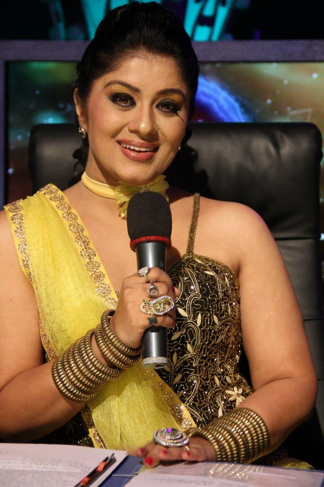 Sudha chandran in jallosh suvarnayugacha 2 marathi stars actress