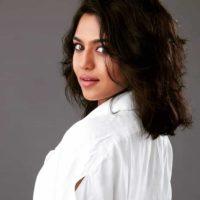 Mrunmayee Deshpande Marathi Actress hot hd photo