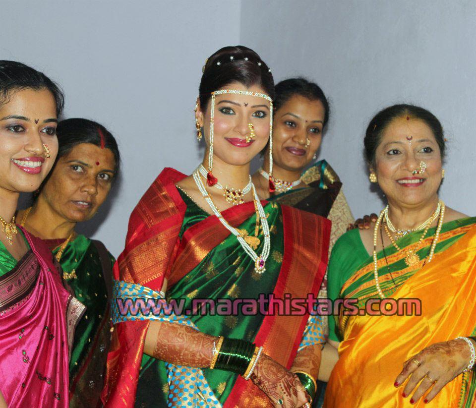 Tejaswini Pandit Marriage - Wedding Photos - Marathi Stars,Actress ...