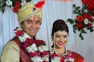 Tejswini Pandit with husband Bhushan Bopche