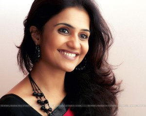 Amruta Subhash Marathi Actress Wallpapers