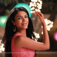 Shriya Sachin Pilgaonkar Actress Wallpapers