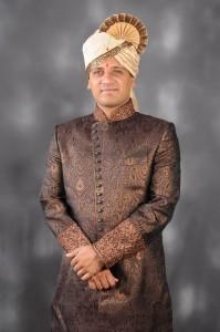 Unch Mazha Zhoka actor Vikram Gokhale marriage photo