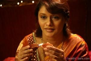 Marathi Actress pallavi joshi in  Prem Mhanje Prem Asta Movie
