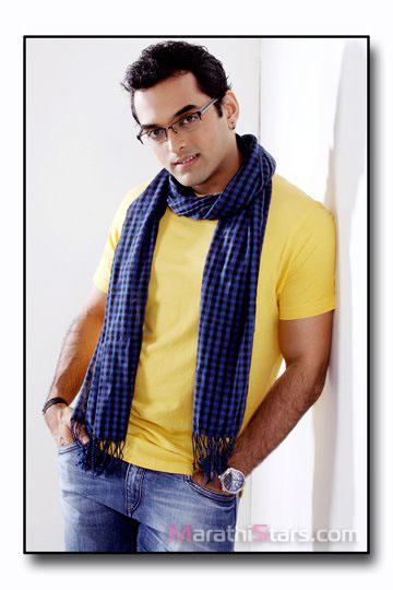 saurabh gokhale marathi actor photos biography   reviews   holiday and