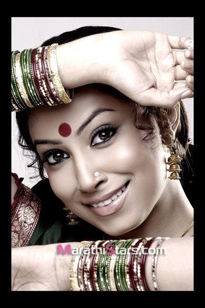 Hot Kranti redkar saree Photos - Hot-Kranti-redkar-saree-Photos