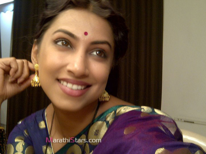 Kranti Redkar Marathi Actress Photos,Biography,Wallpapers,Wiki,Hot,bio