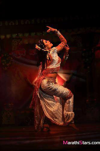Suvarna Kale Marathi Actress Photos Biography Lavani -4779