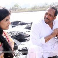 Nana Patekar and Sonali Kulkarni - Dr. Prakash Amte- The real hero
