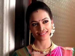 New Devyani Star pravah Actress