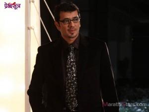 Lokesh Gupte in Marathi Movie Premsutra