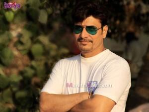 Sandip kulkarni in Marathi Movie Premsutra