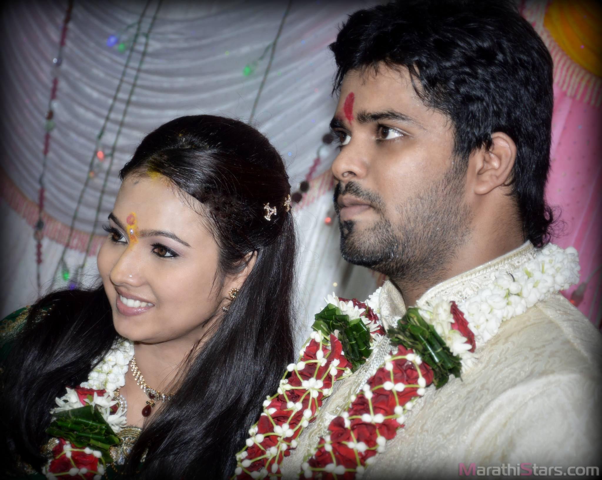 Sara Shrawan Marathi Actress Engagement Photos,Wedding Photos,-8553