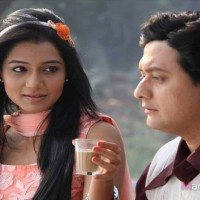 Swapnil Joshi & Urmila Kanitkar  - Duniyadari Marathi Movie Still Photos