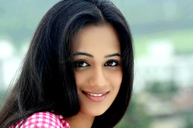 Spruha Joshi Marathi Actress Biography Photos Filmography