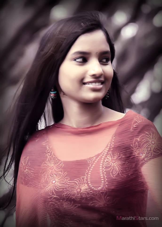 Rajeshwari Kharat Marathi Actress Biography,Photos,Gallery -5587