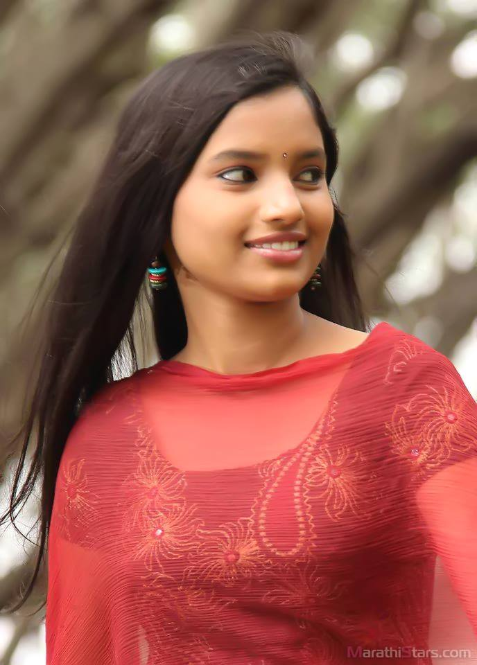 Rajeshwari Kharat Marathi Actress Biography,Photos,Gallery -9720