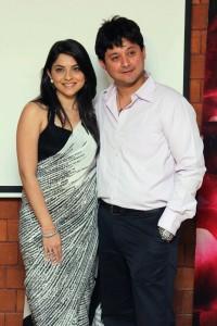 Swwapnil Joshi & Sonalee Kulkarni in Marathi Movie 'Mitwaa'