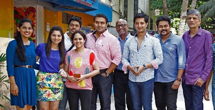 Aditya Sarpotdar's Marathi Movie 'Classmates' Muhurt