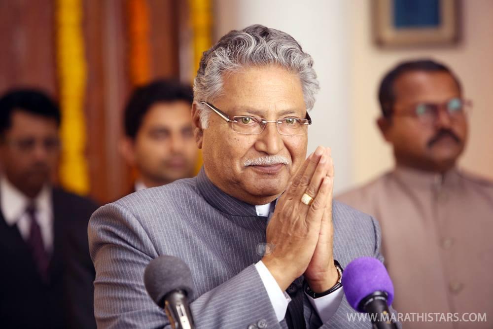Vikram Gokhale - Dusari Goshta Still Photos