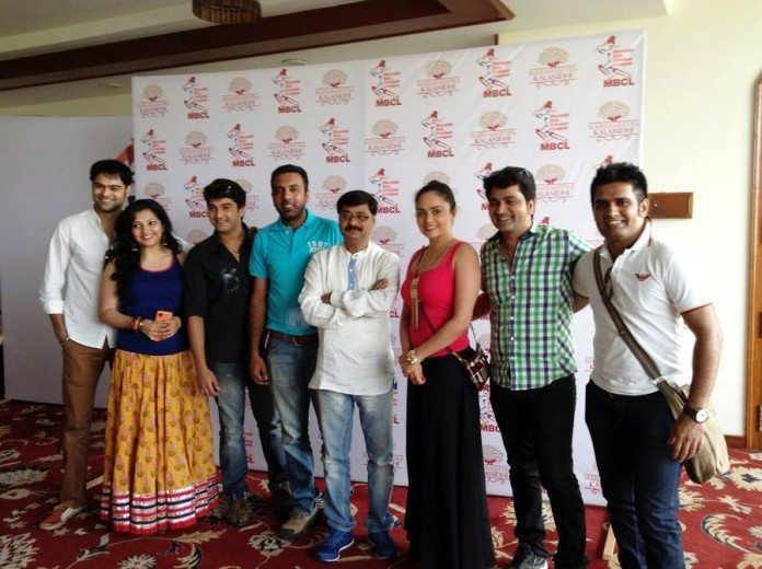 Piyush Ranade, Shalmali Tolye, Madhav Devchake, Vishal Inamdar, Chandrakant Kulkarni, Amruta Khanvilkar and Sushant Shelar at Marathi Box Cricket League (MBCL) Launch