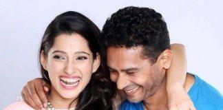 Atul Kulakrni and Priya Bapat -Happy Journey-1