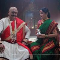 Mrunal Kulkarni & Ravindra Mankani - Rama Madhav