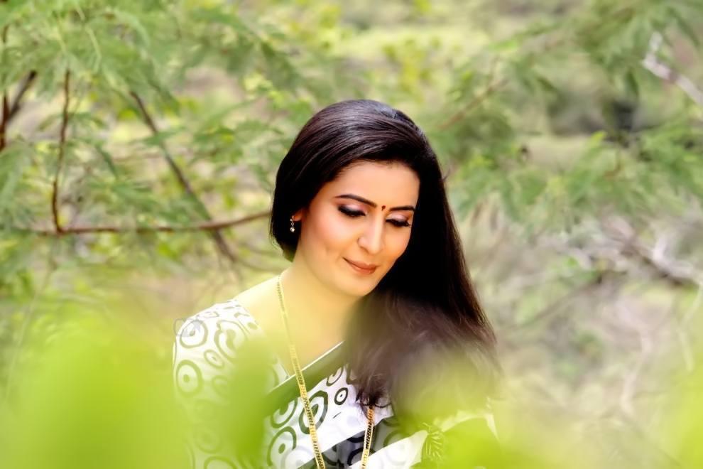 Namrata Gaikwad Marathi Actress Biography Photos Filmography Wallpapers