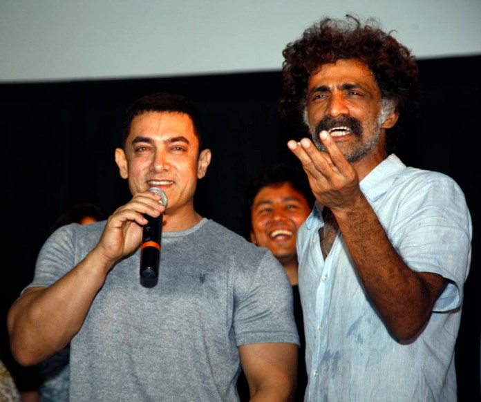 Aamir Khan & Makrand Deshpande