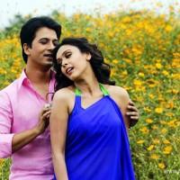Abhijeet Khandkekar & Hrishita Bhatt - Dhol Tashe Marathi Movie