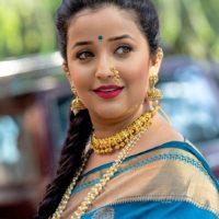 Apurva Nemlekar in Marathi culture look