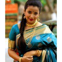 Apurva Nemlekar in Marathi look