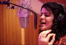 Singing in Marathi is out-of-the-world experience: Palak Muchhal