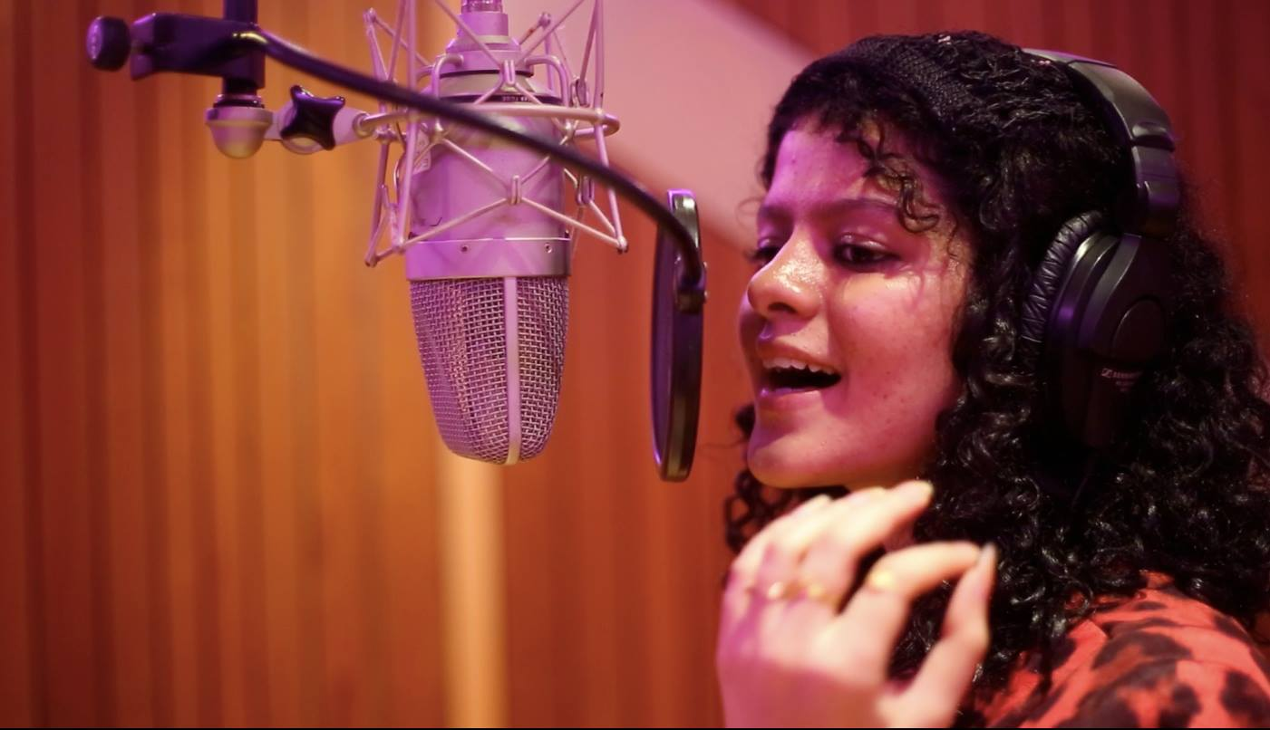 Singing In Marathi Is Out Of The World Experience Palak Muchhal Marathistars