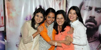 Sayali Sahastrbudhye, Smita Tambe, Manava Naik and Tejaswini Pandit.
