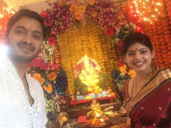 Shreyas Talpade with wife - Celebrating Ganesha Chathurthi