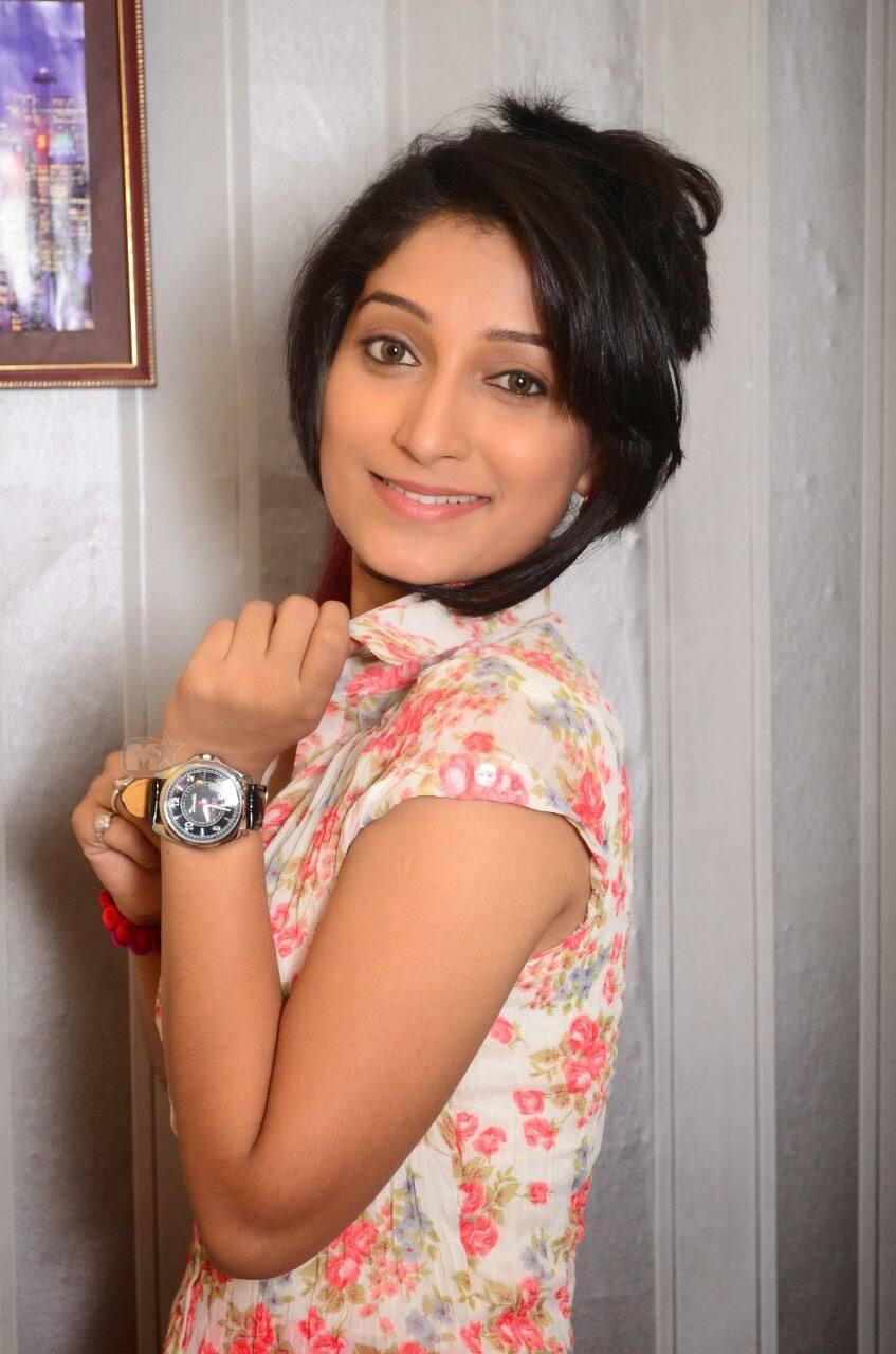 Actress Pallavi Facebook Pallavi Patil Marathi Actress