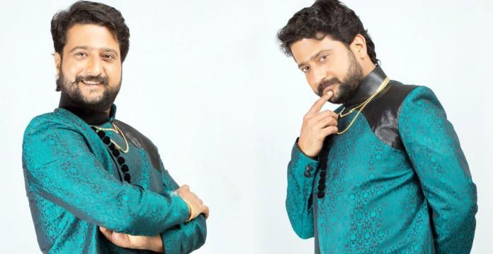 Jitendra Joshi : My character in PCS is fond of bai and baatli.