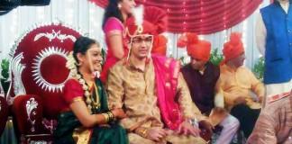 Spruha joshi With Husband Varad Laghate