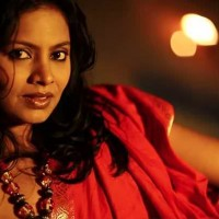 Seema Azmi - Chitrafit Marathi Movie Actress