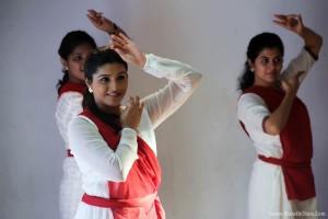 Surabhi Hande - Aga Bai Arechyaa 2