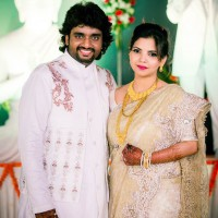 Adarsh Shinde With wife Neha Lele