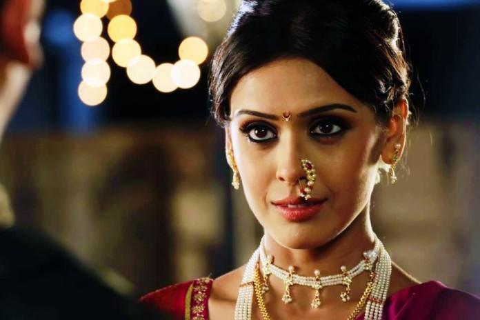 Lavanyavati marathi movie song / D and b trailers