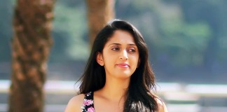 Nidhi Oza - Time Bara Vait Marathi movie actress